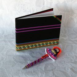 Parure carnet et stylo d'Amérique latine