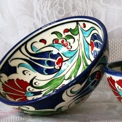 Bols faits main, motif floral traditionnel d'Iznik (lot de 2)