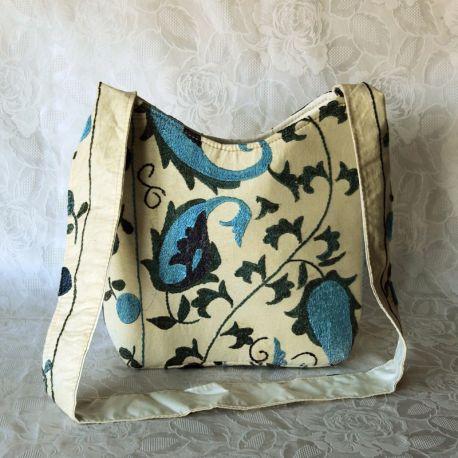 Sac besace tissu écru motif floral bleu