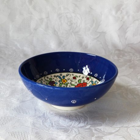 Bols bleus faits main, motif traditionnel d'Iznik
