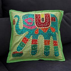 Housse de coussin vert patchwork éléphant